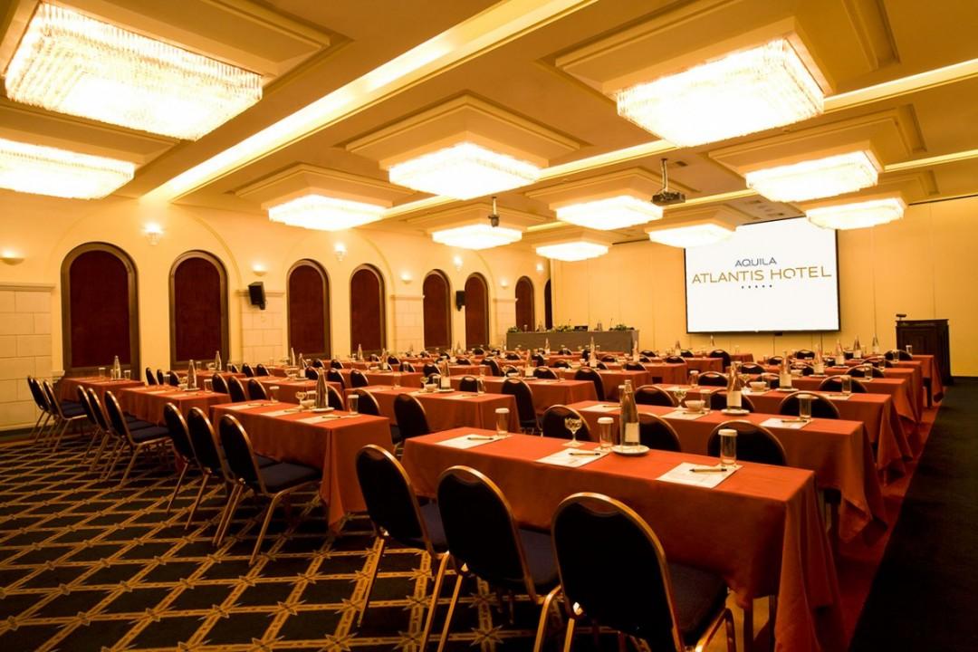 AQUILA-ATLANTIS-HOTEL-MINOS-II-SCHOOL