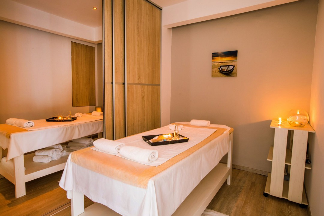 AQUILA ATLANTIS HOTEL – MASSAGE ROOM